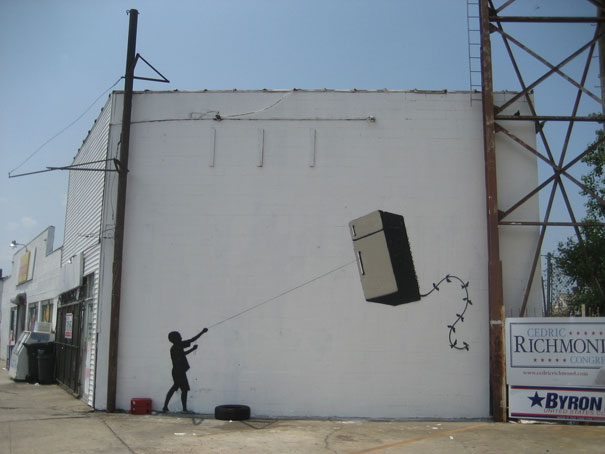 banksy-graffiti-street-art-fridge-kite