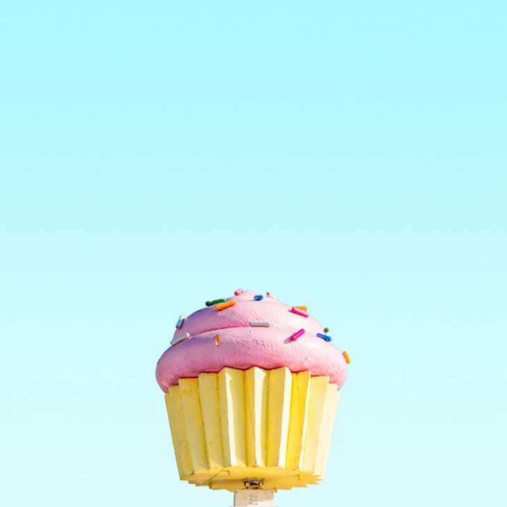 Candy-Colored-Minimalism-Photography-13