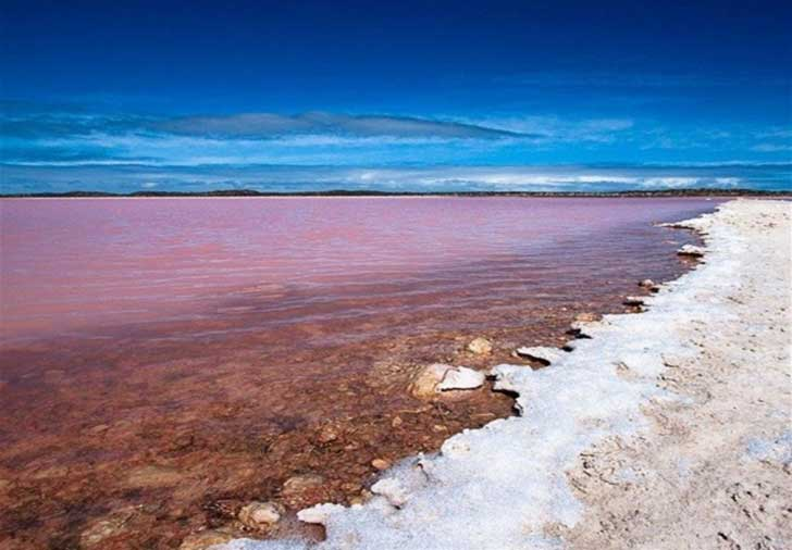 lake-retba-view