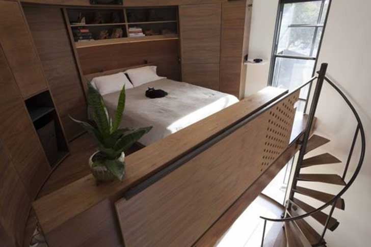 grain-silo-lofted-bedroom
