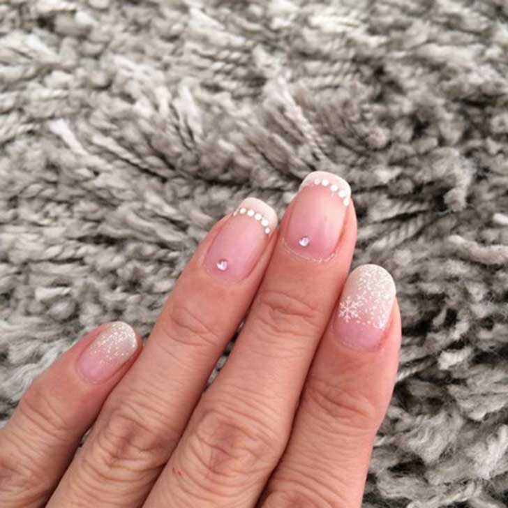 stunning-winter-wedding-nails-ideas-58