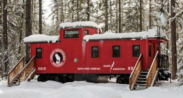 The-GN-X215-Caboose-600x400