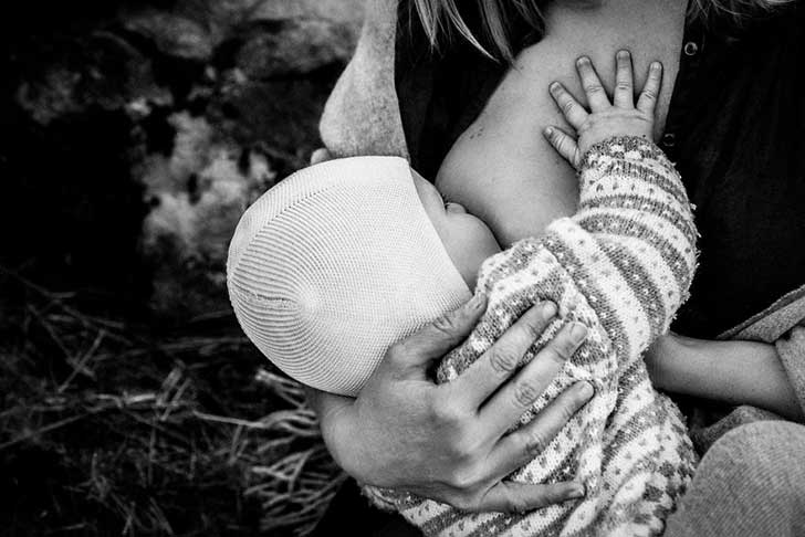 In-honor-of-the-World-Breastfeeding-Week-2015-by-Tammy-Nicole-Photography-22__880