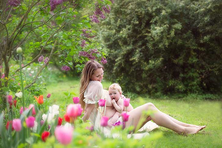 In-honor-of-the-World-Breastfeeding-Week-2015-by-Tammy-Nicole-Photography-2__880