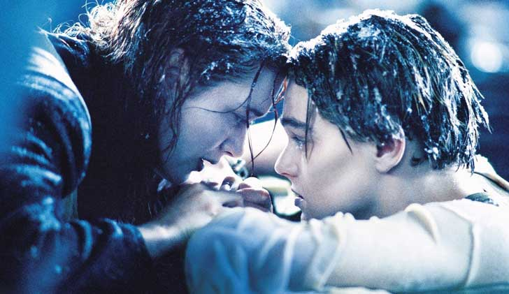 12440-rose-and-jack-titanic-1366x768-movie-wallpaper