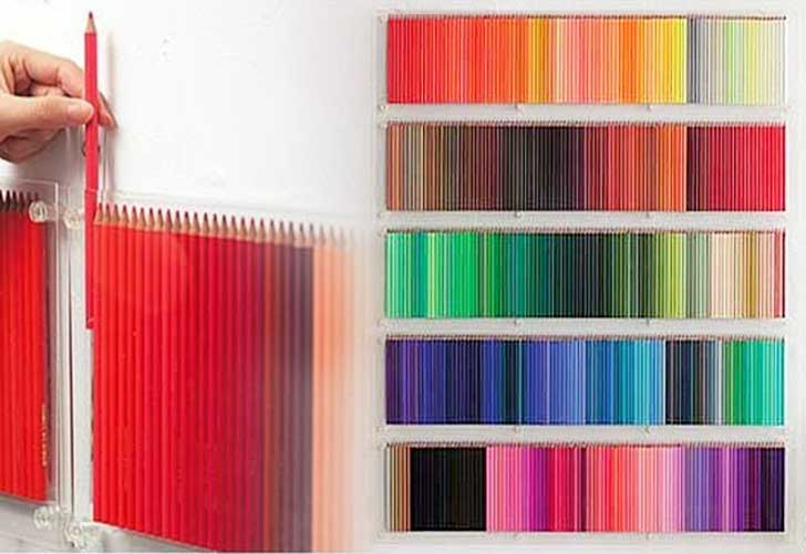 2-Colored-Pencils-Wall-art