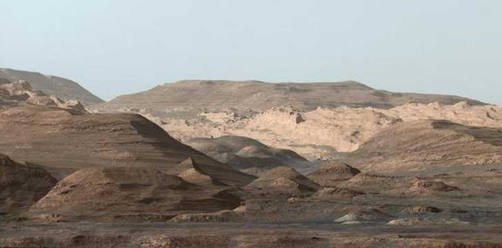 Curiosity_Rover_Snaps_Stunning_Mountain-2846cb20ae8500af0bf8475912ccda76