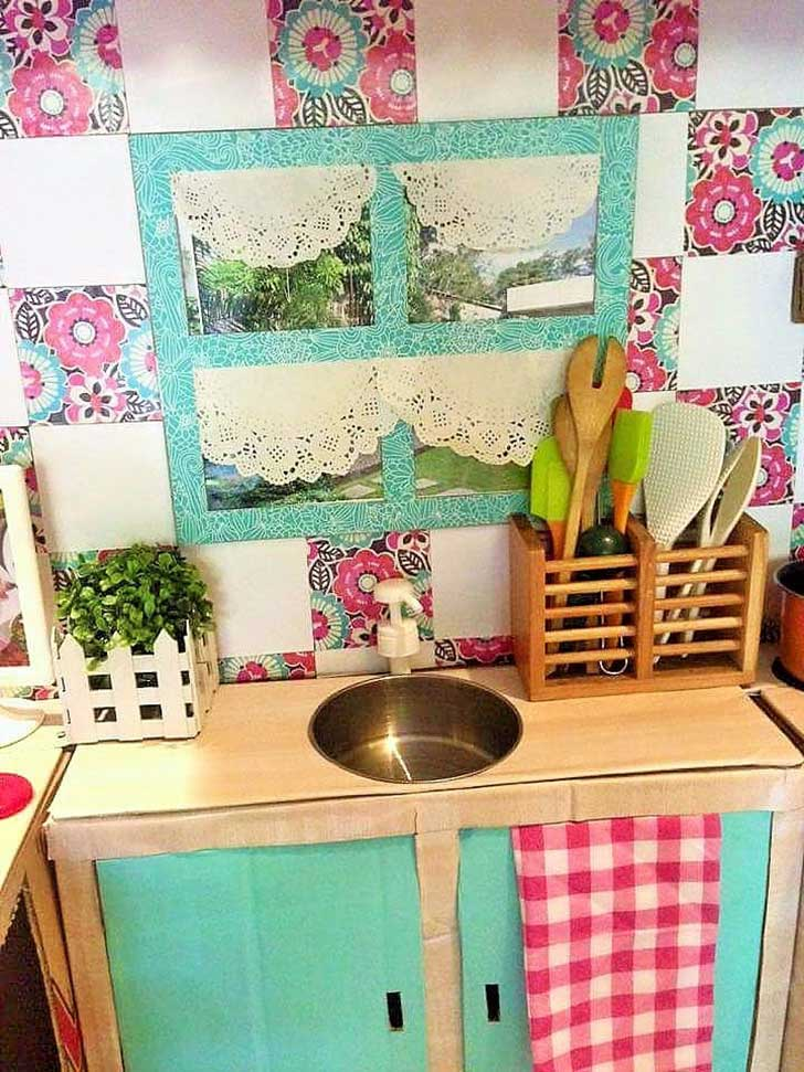 DIY-Cardboard-Play-Kitchen-Kids-6