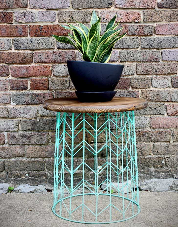 make-this-wire-basket-side-table1