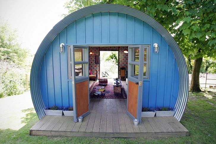 she-sheds-garden-man-caves-13-570774b04f3bb__700
