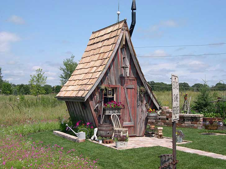 she-sheds-garden-man-caves-44-5707b36ab61f2__700