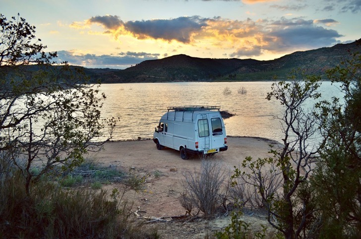 Mike_Hudson_spain-secret-lake-wildcamping