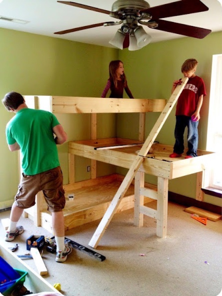diy-wood-triple-bunk-beds