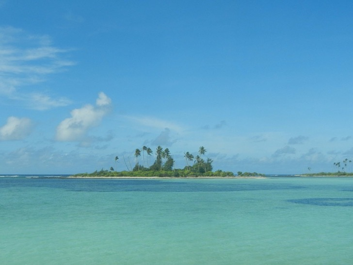garfors-referred-to-kiribati-an-island-republic-in-the-central-pacific-as-a-proper-pacific-paradise