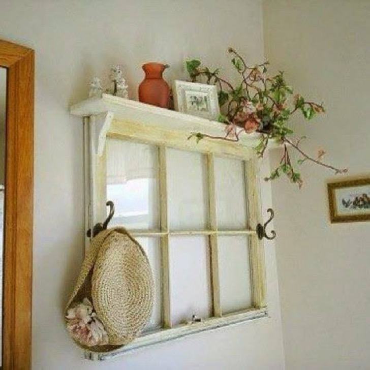 recycling-salvaged-wood-windows-doors-modern-wall-decorations-16