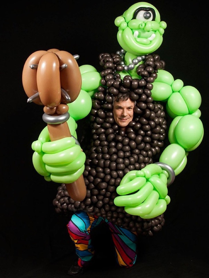 guy-quits-job-baloon-modeling-art-glen-lavalley-10