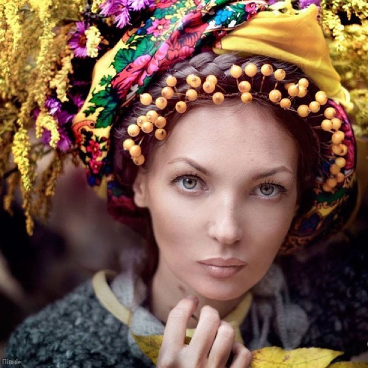 traditional-ukrainian-crowns-treti-pivni-9-57985bbc45c58__605 2