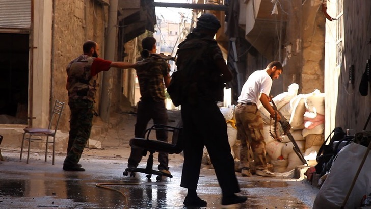photo-journalism-tank-shell-explosion-moment-syrian-rebels-tracey-shelton-2