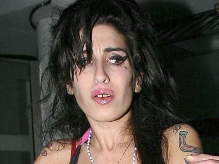 amy-winehouse-drogas-2