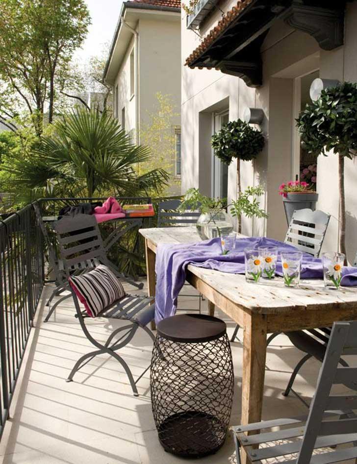 Small-Balcony-Design-Ideas-19