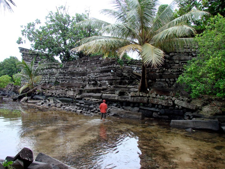 Nan Madol: Ceremonial Center of the Eastern Micronesia: Nandowas Islet
